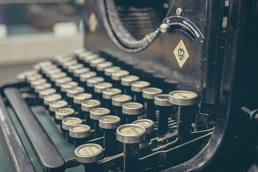 typewriter-407695__340